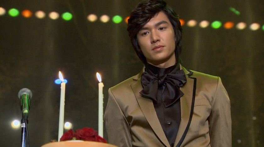 Jun-pyo's birthday in Boys Over Flowvers episode 15