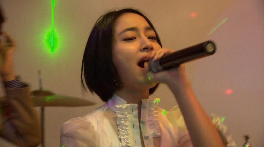 Jae-kyung singing on Boys Over Flowers episode 16